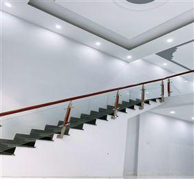 Bán nhà gần HXH 4 tầng, sổ chính chủ 74m2 Nguyễn Lâm P3 Bình Thạnh 6.8tỷ