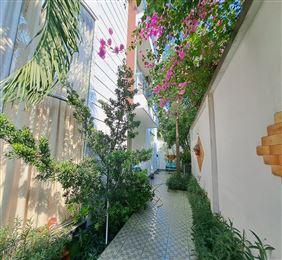 Nhà 4 tầng hẻm xe tải đường Phan Văn Trị  Bình Thạnh DT46m2 giá 6.55 tỷ