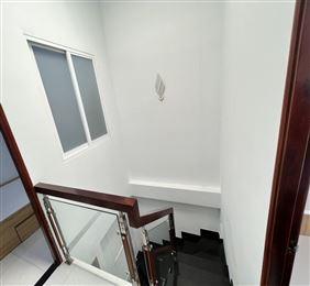 Bán nhà Trần Xuân Soạn Tân Kiểng Quận 7 4 lầu  chỉ 8.7 tỷ.