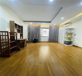 Tacdat.com.vn-Siêu phẩm Khương Trung, lô góc, ô tô đỗ cửa, chủ tặng nội thất