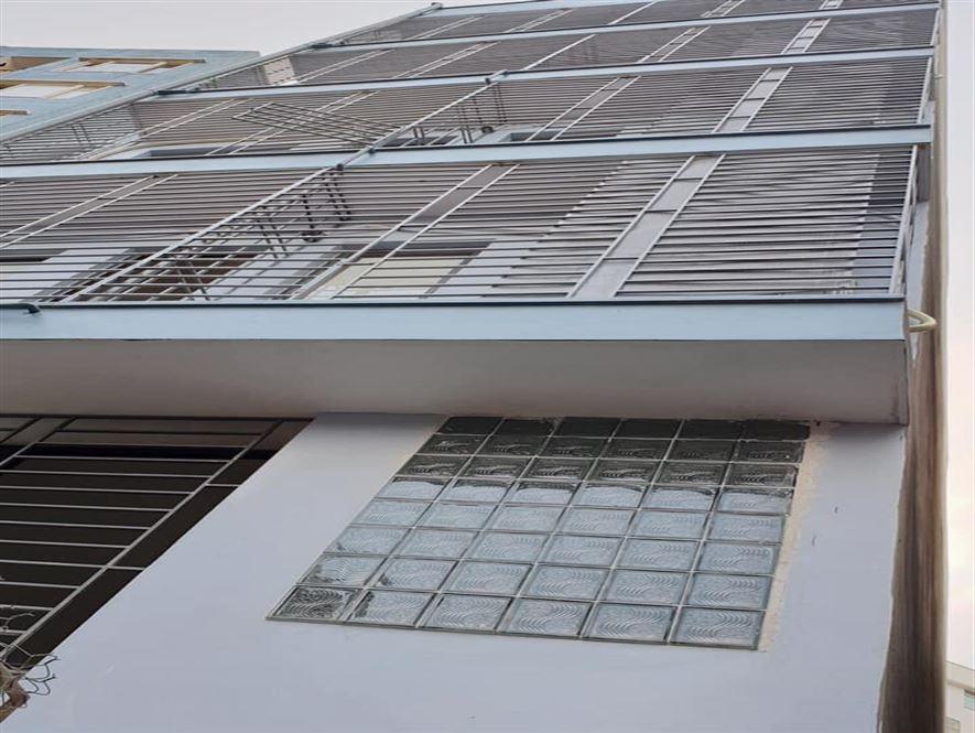 Bán phòng trọ phố Trần Phú, Mỗ Lao 7 tầng thang máy, 18P, 700tr/năm