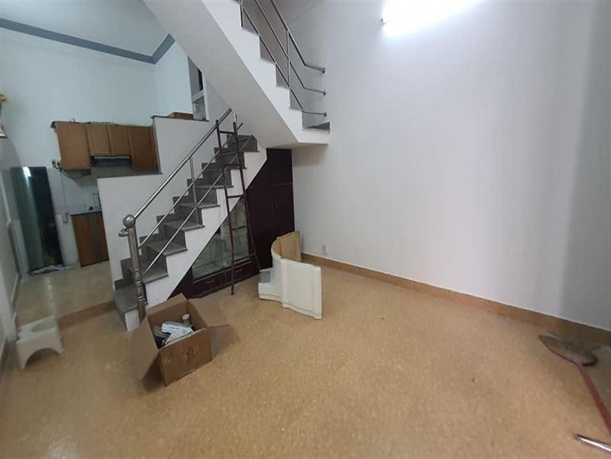 Cần bán nhà 3 tầng 35m2 giá 4,4 tỷ Nguyễn Thượng Hiền P11 Bình Thạnh