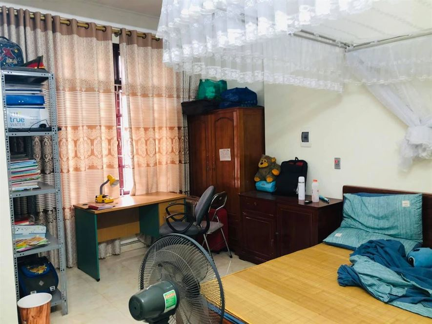 Bán nhà gần EMART Phan Văn Trị 1 trệt 2 lầu  SHR, 55m2 giá 4.8 tỷ