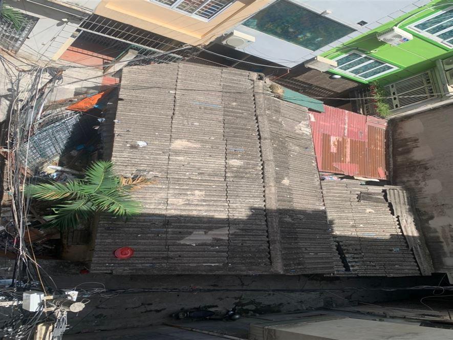 Bán nhà Lô Góc Hoàng Quốc Việt Cầu Giấy ngõ thông DT 55m MT 6.7, 4 tỷ