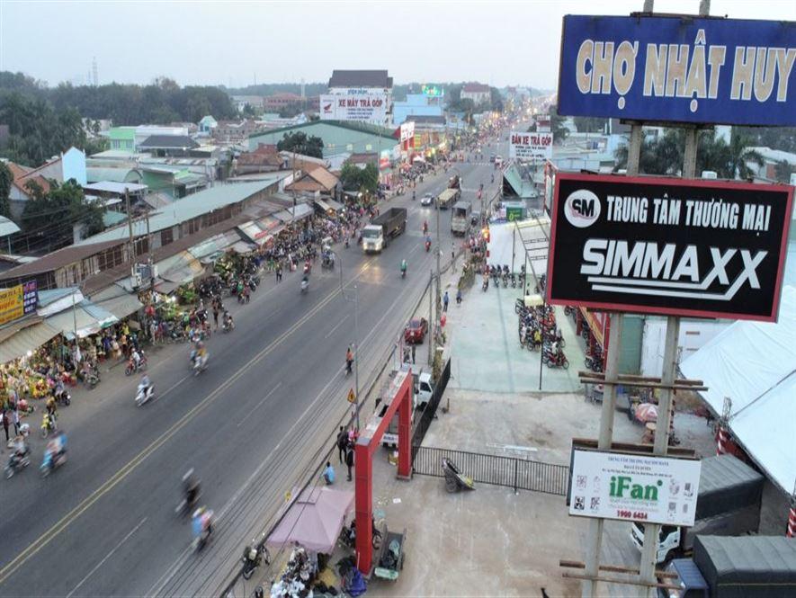 Bán đất mặt tiền Quốc Lộ 14 đối diện chợ Nhật Huy