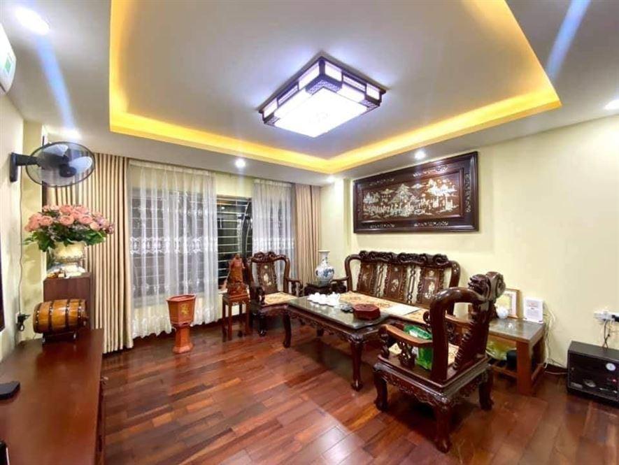 Vừa ở vừa kinh doanh tới Trần Thái Tông là có, DT62mx6T,MT7m,giá 5.8 tỷ.