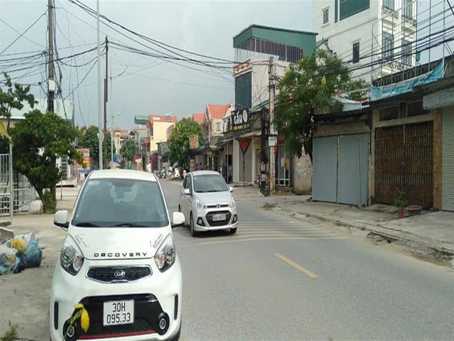 Bán nhà mặt Đường 427, Vân Tảo Thường Tín, Kinh Doanh đỉnh, 3 tầng